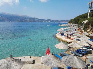 Албания Ксамил Саранда - плажове и чадъри