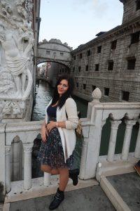 момиче, мостът на въздишките, венеция